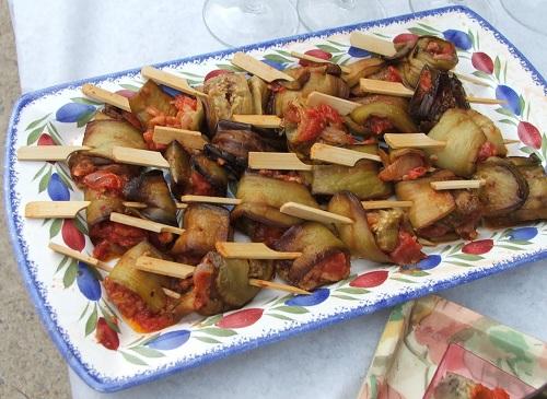 Aubergines pannees a la tomate