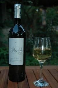 vin aigalade blanc verre